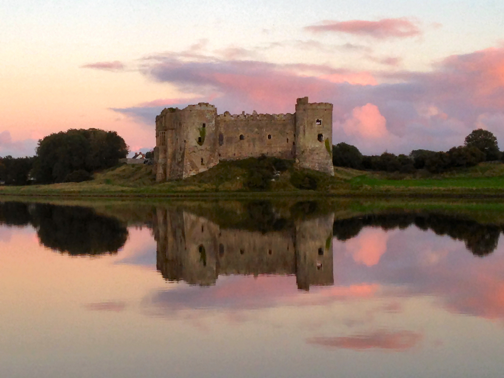 Carew castle at sunset - 4.5 miles away